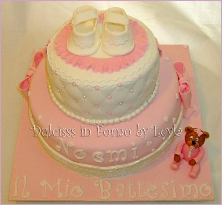 Top Torta Battesimo scarpine, pizzo e orsetto | pasta di zucchero | PB26