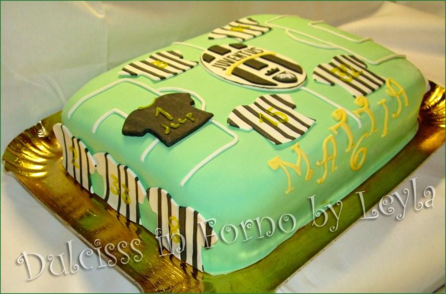 Torta Juventus, decorata in pasta di zucchero Torta Juve PDZ calcio squadra di calcio torta di compleanno torta per bambini torta decorata Dulcisss in forno