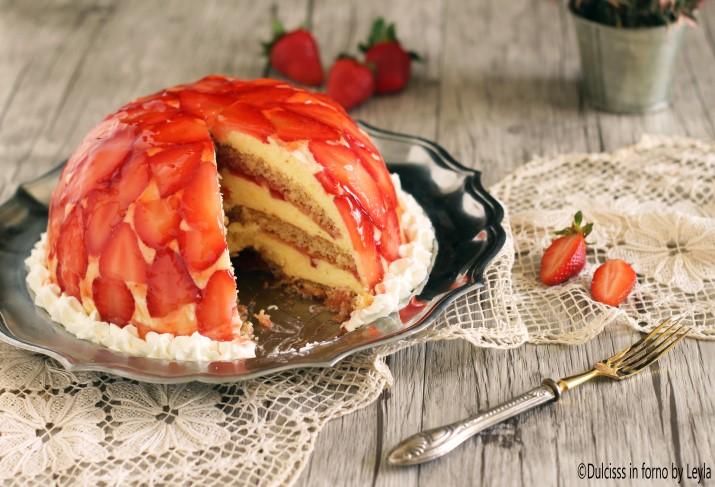 Torta di fragole rovesciata Dulcisss in forno by Leyla