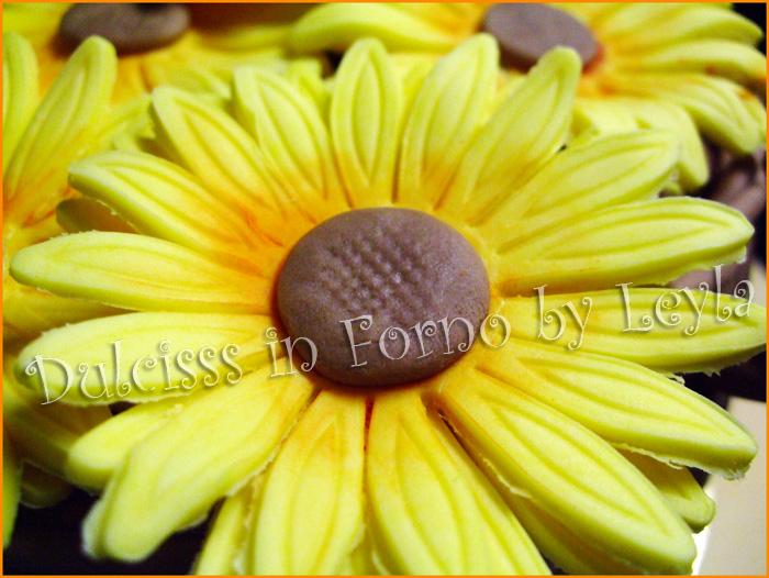 Cesto di girasoli, torta per la festa della mamma torta decorata pasta di zucchero PDZ torta per mamma cake design regalo mamma fiori Dulcisss in forno