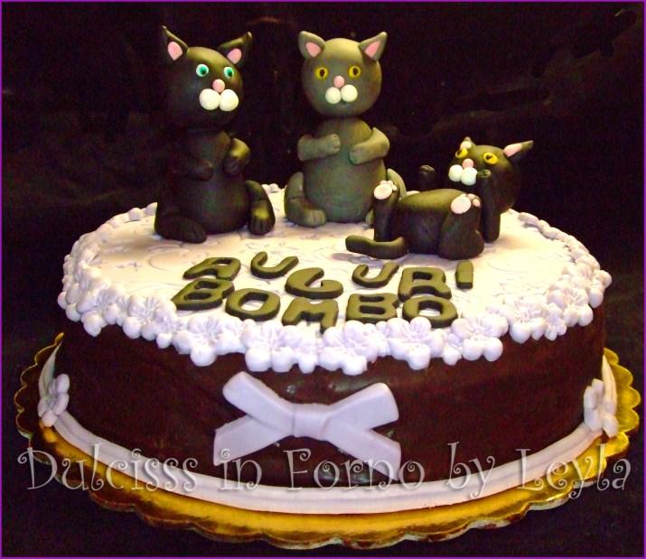 Torta gattini, decorata in pasta di zucchero gatti 3 D animali 3D gatti pasta di zucchero torta Sacher Sachertorte torta decorata cake cats cake PDZ fondant Dulcisss in forno
