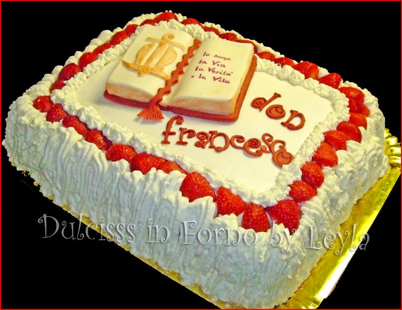 Torta Per Sacerdote E La Sua Prima Messa Decorata In Pasta