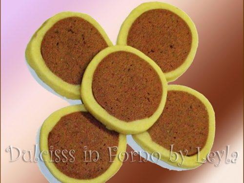 Biscotti tondi bicolore passo passo, ricetta creativa