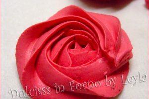 Rose di crema con sac a poche, tutorial e ricette