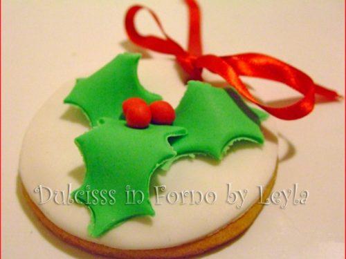 Biscotti decorati natale con agrifoglio, tutorial pasta di zucchero