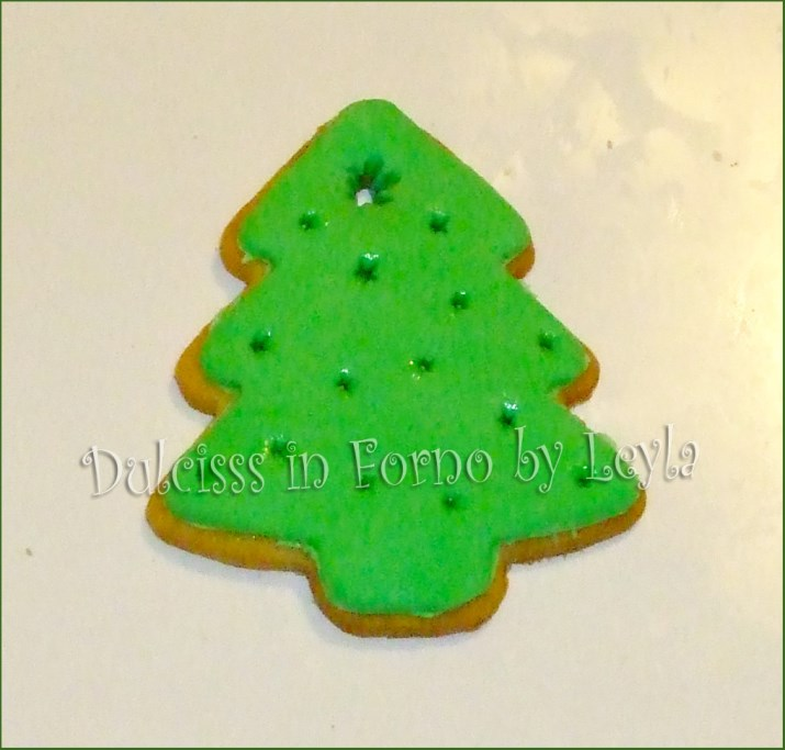 Biscotti Classici Di Natale.Biscotti Albero Di Natale Decorati In Pasta Di Zucchero