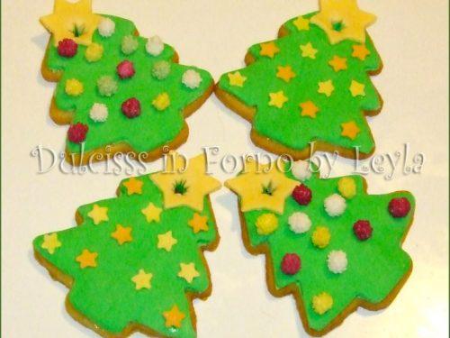 Biscotti Albero di Natale decorati in pasta di zucchero, tutorial
