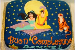 Aladdin and Jasmine Cake, decorata in pasta di zucchero