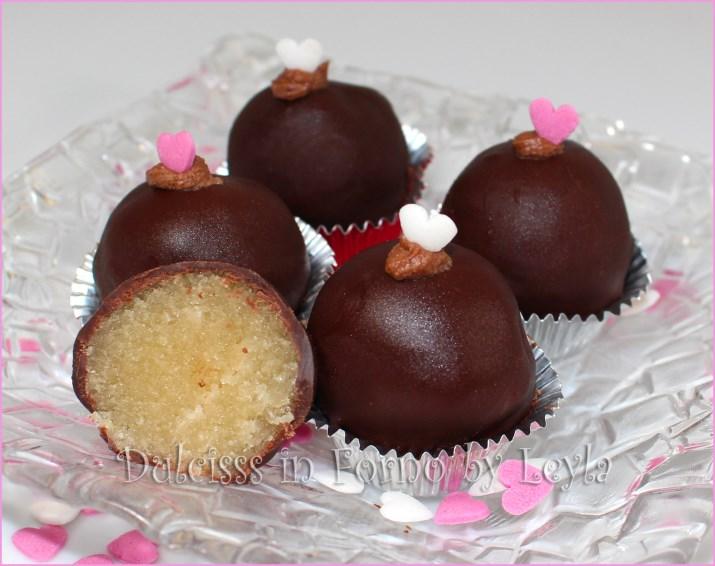 palline al marzapane e cioccolato praline al marzapane e cioccolato cioccolatini al marzapane bon bon al marzapane dolcetti al marzapane palline al cioccolato e marzapane praline al cioccolato e marzapane cioccolatini al cioccolato e marzapane bon bon al cioccolato e marzapane cioccolatini veloci cioccolatini senza stampo cioccolatini semplici cioccolatini facili praline facili praline veloci praline semplici praline senza stampo ricetta cioccolatini veloci ricetta cioccolatini senza stampo ricetta cioccolatini facili ricette cioccolatini ricette praline ricette bon bon ricette palline al cioccolato e marzapane ricetta facile ricetta veloce ricetta semplice ricetta con marzapane ricetta senza forno ricetta senza cottura ricetta san valentino ricetta s. valentino cioccolatini per s. valentino ricetta cioccolatini per san valentino ricette s. valentino ricette san valentino amore cuore cuori cuoricini cuoricini di zucchero zuccherini cioccolatini Dulcisss in forno by Leyla cioccolatini Leyla ricette Leyla ricetta Leyla