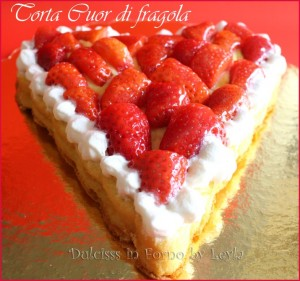 Torta con fragole travestita da crostata Dulcisss in forno by Leyla