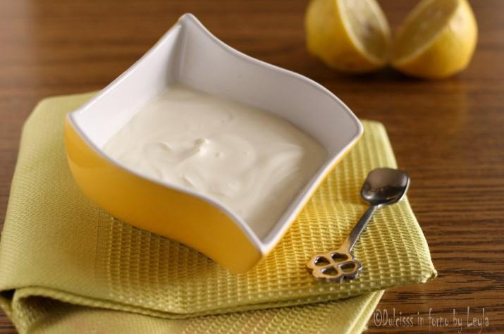 Panna acida fatta in casa per ricette dolci e salate - Differenza panna da cucina e panna fresca ...