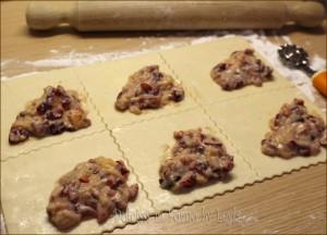 Fagottini alle ciliegie e marzapane o Kirschecken Dulcisss in forno by Leyla