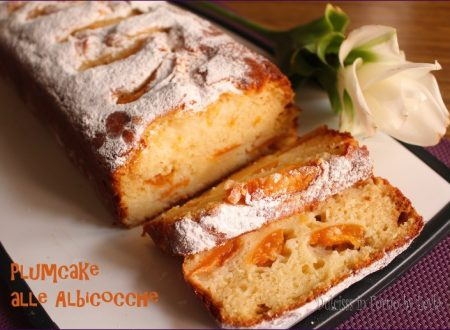 Plumcake alla ricotta e albicocche, soffice e morbido
