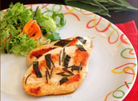 Pollo al rosmarino e salvia in padella o alla griglia