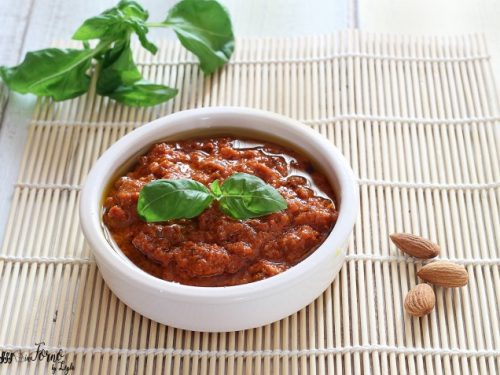 Pesto di pomodori secchi e mandorle fatto in casa: il pesto rosso