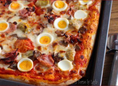 Pizza capricciosa con uova sode e non solo…