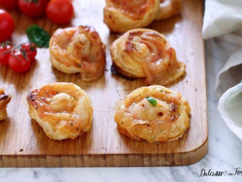 Girelle di pizza di pasta sfoglia, facili e veloci