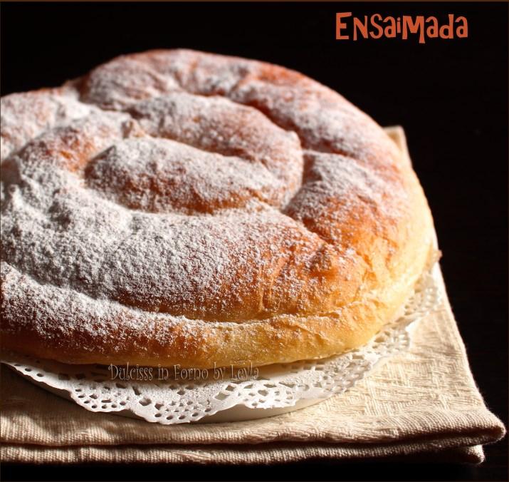 Très Ensaimada di Minorca, dolce tipico delle Baleari: una brioche  PT03