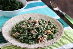 Spatzle di spinaci tirolesi con panna e prosciutto