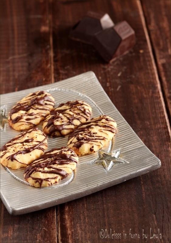 biscotti con la sparabiscotti biscotti con sparabiscotti ricetta biscotti con sparabiscotti biscotti perfetti con sparabiscotti biscotti con sparabiscotti al cioccolato biscotti al cioccolato con sparabiscotti spara biscotti biscotti veloci biscotti perfetti biscotti belli biscotti ricetta per sparabiscotti biscotti, biscotti da regalare, biscotti natalizi, christmas cookies, cookies, Natale, ricetta biscotti, ricetta di natale, ricetta natalizia, biscotti con sparabiscotti giallozafferano biscotti con sparabiscotti giallo zafferano biscotti con sparabiscotti blog giallo zafferano biscotti con sparabiscotti misya biscotti con sparabiscotti gabry biscotti con sparabiscotti anice e cannella biscotti di natale, bisquit, ricetta, ricetta facile, ricetta semplice, ricetta veloce, ricetta per sparabiscotti ricetta Alto Adige, ricetta passo passo, Alto Adige, Sudtirolo, Sudtirol, dulcisss in forno by Leyla ricette di Natale dulcisss in forno by Leyla ricette Leyla