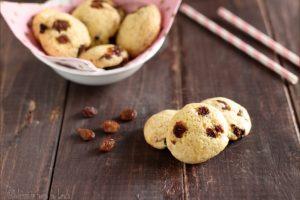 Biscotti morbidi con uvetta, ricetta velocissima