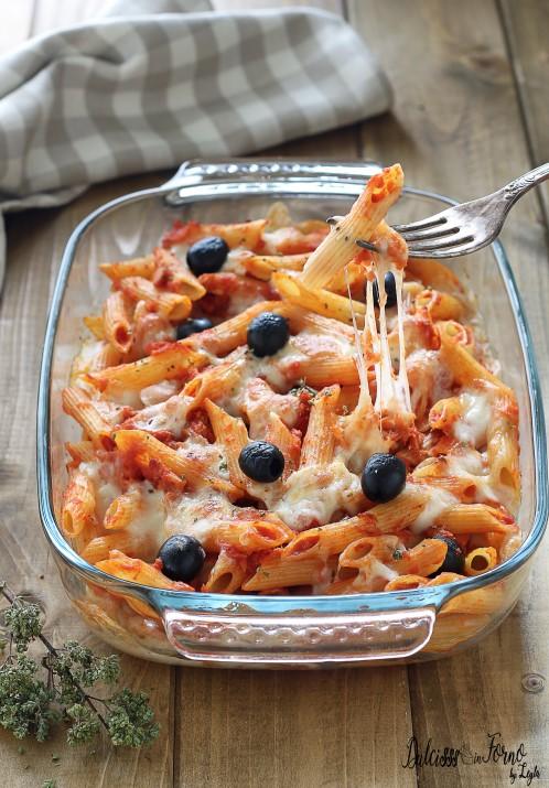 Pasta al forno con tonno e olive filante Pasta gratinata con tonno e olive ricetta Dulcisss in forno by Leyla