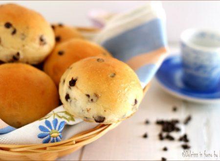 Pangoccioli homemade – panini morbidi con gocce di cioccolato