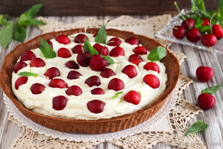 Crostata alle ciliegie e crema al mascarpone Dulcisss in forno by Leyla