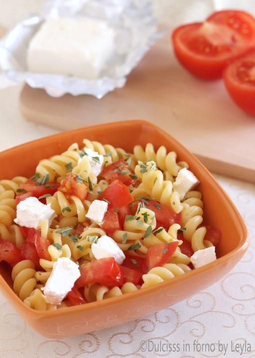 Pasta fredda pomodori e philadelphia Dulcisss in forno by Leyla