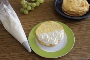 Omelette di pan di spagna alla frutta e kiwi Dulcisss in forno by Leyla