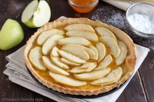 Crostata leggera con mele e marmellata
