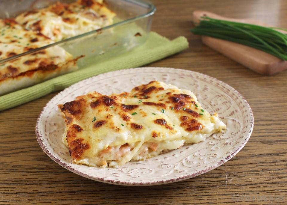 Lasagne al salmone e formaggio filante