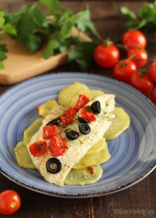 Merluzzo con pomodorini patate e olive al forno Dulcisss in forno by Leyla