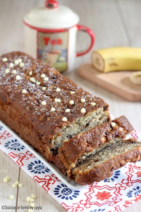 Plumcake alla banana e gocce di cioccolato morbidissimo Dulcisss in forno by Leyla