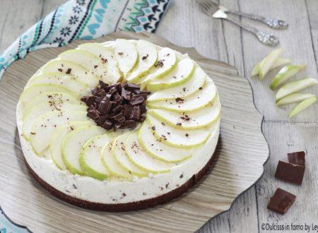 Cheesecake ricotta e pere e cioccolato senza cottura