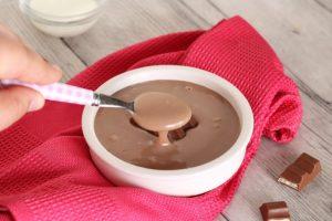 Crema Kinder al cioccolato, ricetta con solo 2 ingredienti