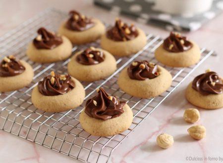 Nocciolotti, biscotti alle nocciole e nutella
