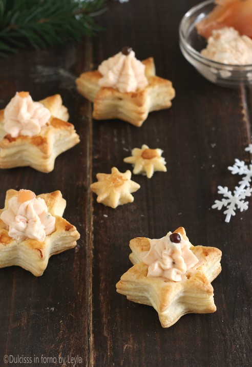 Vol au vent al salmone a forma di stella ricetta Dulcisss in forno by Leyla