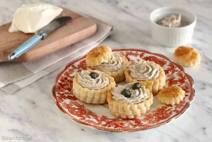 Vol au vent con Mousse di tonno leggera senza uova e senza maionese ricetta Dulcisss in forno by Leyla