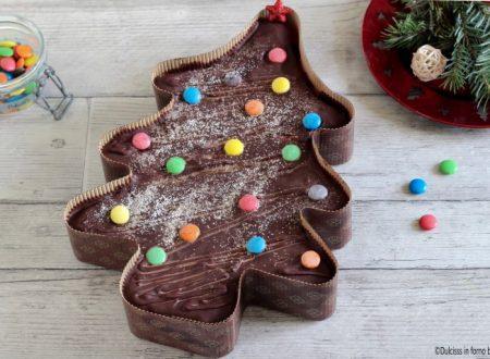 Torta Albero di Natale al cioccolato e marmellata