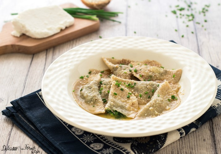 Schlutzkrapfen o mezzelune ricotta e spinaci o ravioli tirolesi Alto Adige
