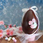Come fare le uova di Pasqua al cioccolato in casa facilmente