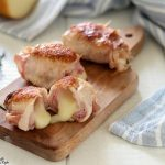 Involtini di pollo ripieni con prosciutto e scamorza