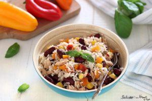 Riso freddo con fagioli e tonno: l'insalata di riso messicana