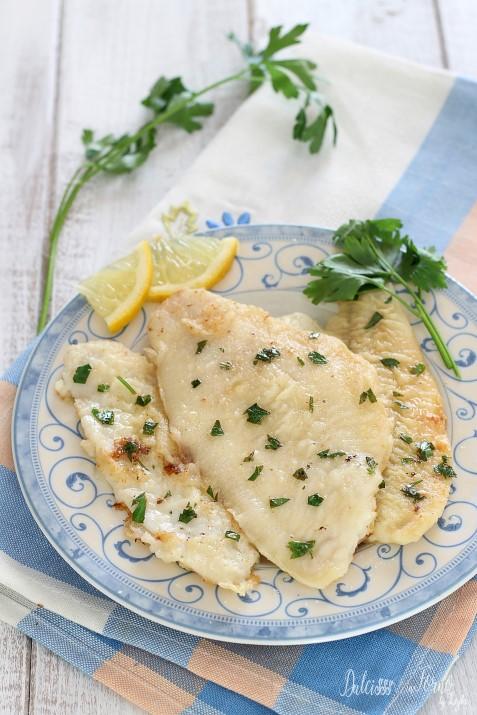 Filetti di platessa alla mugnaia ricetta facile con il pesce bianco Dulcisss in forno by Leyla