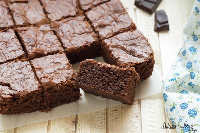 Brownies ricetta originale al cioccolato fondente facile e veloce ricetta  Dulcisss in forno by Leyla Brownies