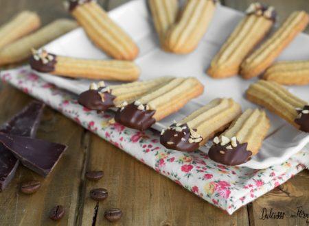 Biscotti al caffè e cioccolato veloci e friabili, che si sciolgono in bocca