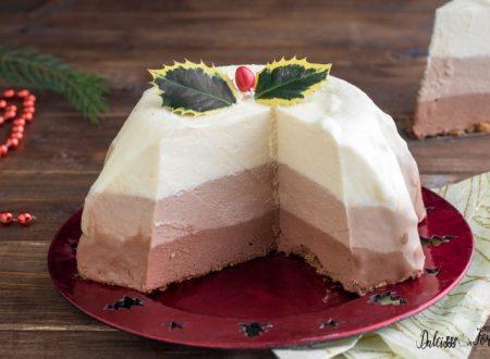 Torta tre cioccolati di Natale con mousse di cioccolato
