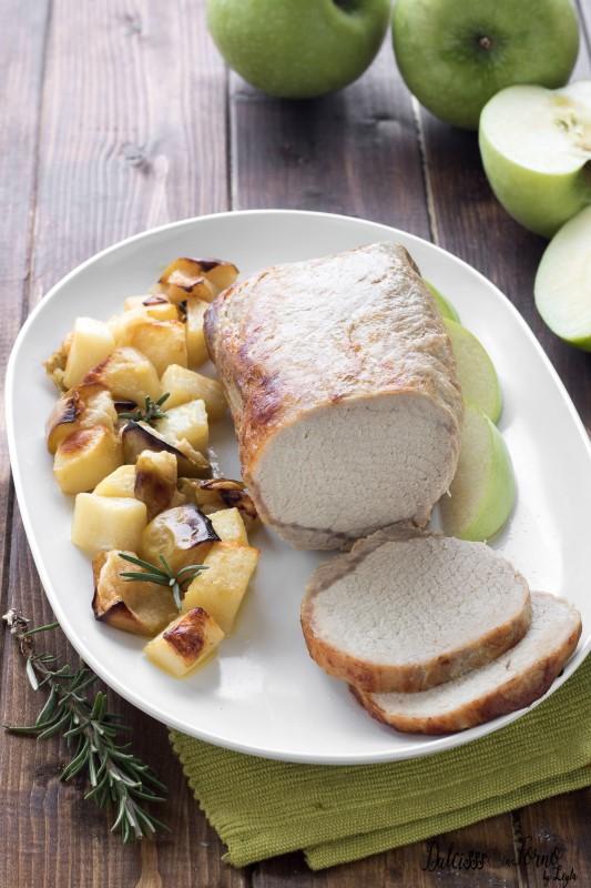 Arrosto di maiale alle mele al forno - Arrosto con patate al forno – Arrosto alle mele facile e veloce ricetta Dulcisss in forno by Leyla
