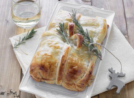 Torta salata lenticchie e cotechino di pasta sfoglia a forma di regalo